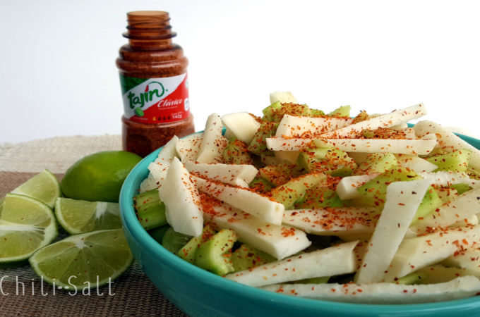 Chilisalt mexican food blog easy mexican recipes jicama pepino with lime and chili salt mix forumfinder Images